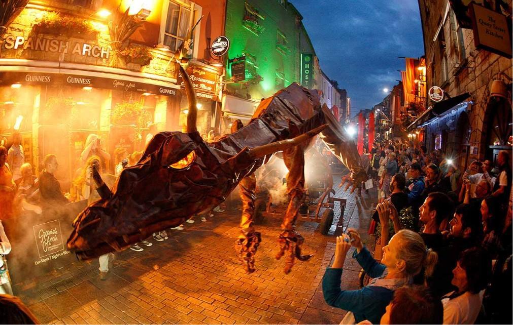 Международный фестиваль искусств в Голуэе cc73e0022f94e7fa978669959e695d30.jpg
