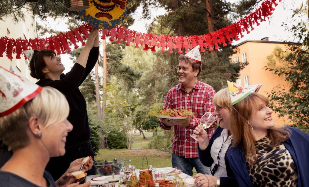 Фестиваль раков Kraftskiva в Швеции cd9e5fbf8d32801621619fa8218fa0ca.jpg