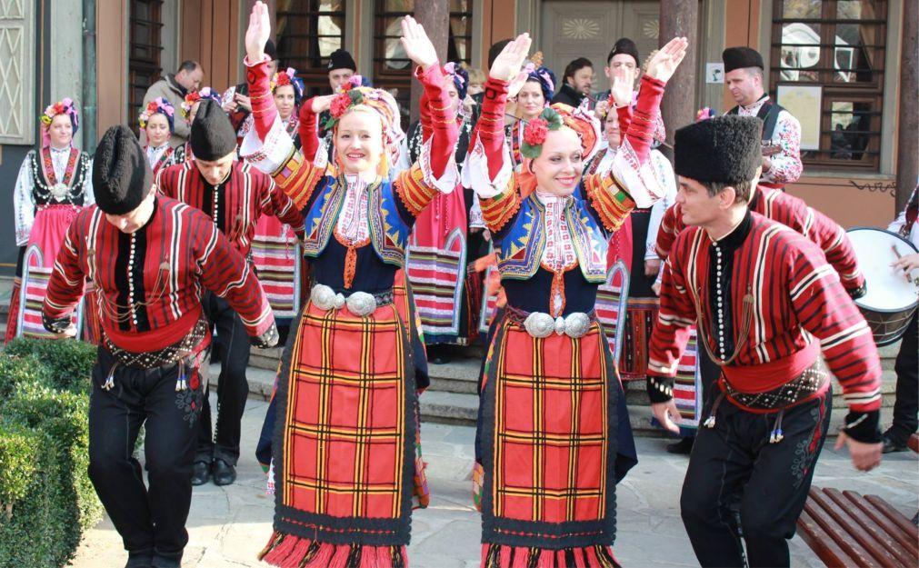 Праздник молодого вина в Пловдиве cf50e8dbf19f1c313156da01b02ed19f.jpg