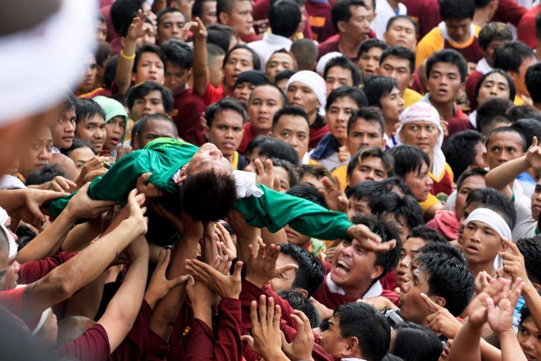 Праздник Черного Назареянина в Маниле cf5b7638f0dc06ab6b73306e1ea30b9b.jpg