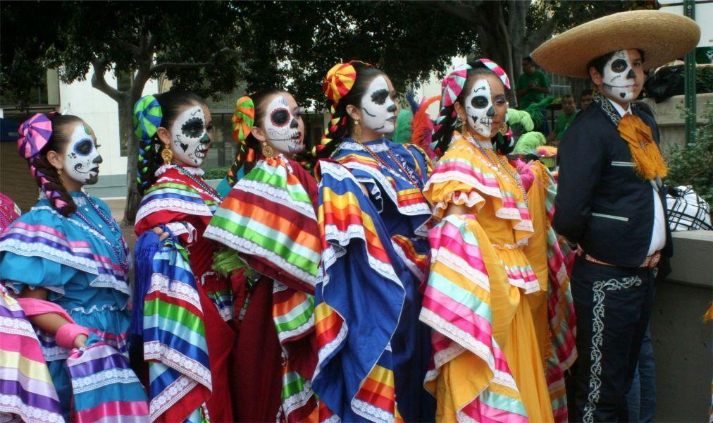 День Мёртвых в Мексике d03e6806e0ea0831b2c2c086abbf1484.jpg