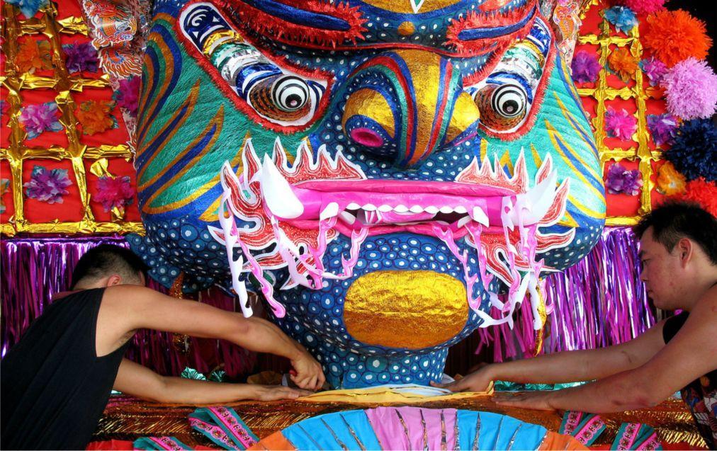 Фестиваль голодных духов в Китае d0bb583a12adfd7ecca4997c51cf1a66.jpg