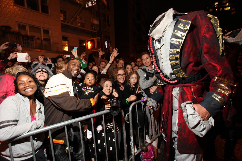 Вилладж Хэллоуин Парад в Нью-Йорке d0c0312a946f74ce77c6ede79929505f.jpg