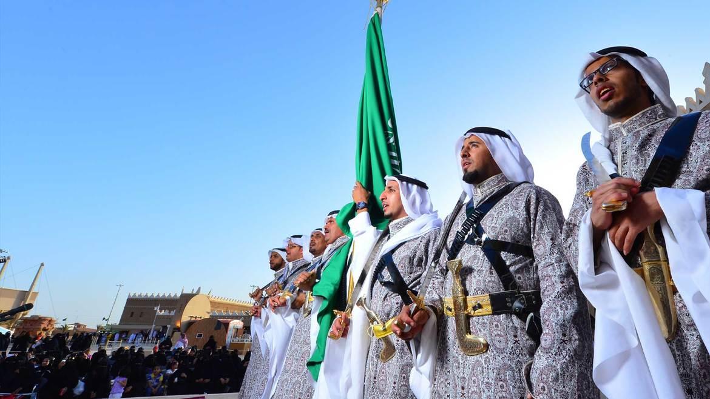 Фестиваль культурного наследия Дженадерия в Саудовской Аравии d126a106794ca2a296ca86fd791c7cc8.jpg