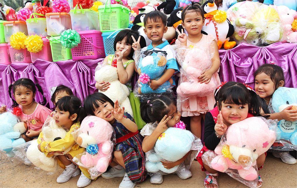 Международный день детей в Таиланде d280a9141e1d11c5d20e683815b9d45e.jpg