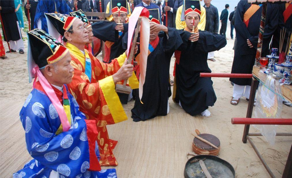 Фестиваль кита во Вьетнаме d2cb2298b4d87fda4f21299bb23c2317.jpg