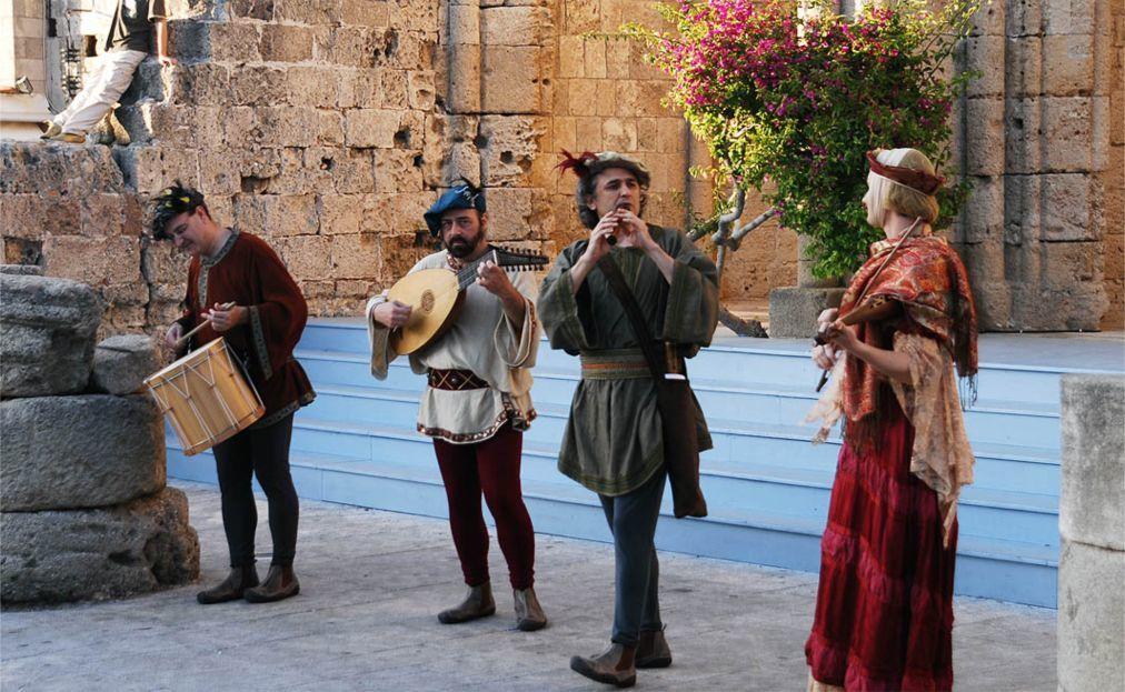 Средневековый фестиваль Родоса d6b9246add3da64cab7cd8bdd58292b7.jpg