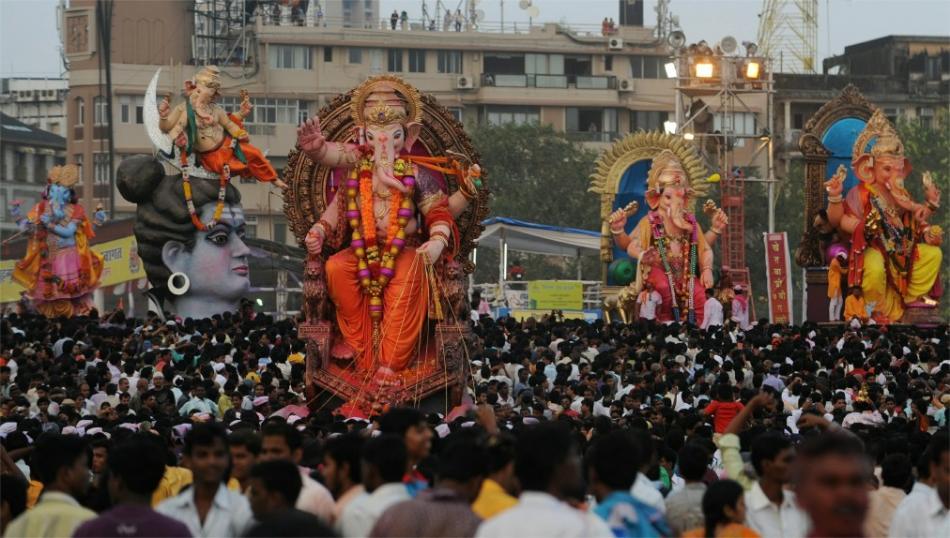 Праздник Ганеша Чатуртхи в Индии d750be3873af313fd993ab0935fbe5b7.jpg