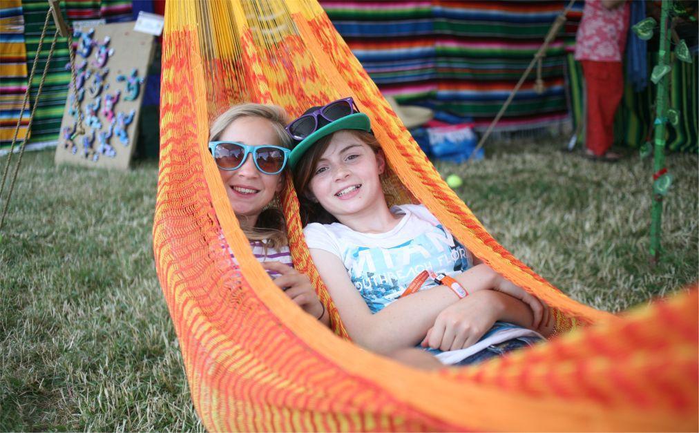 Музыкальный фестиваль Womad в Вильтшире d844efa736296677b5e2e472a169d238.jpg
