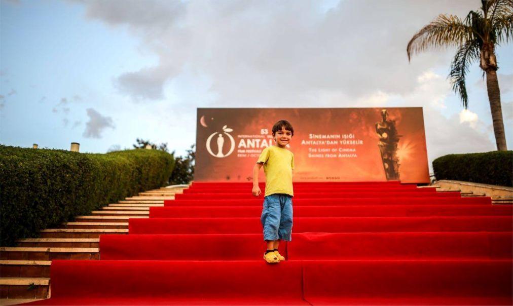 Международный кинофестиваль «Золотой апельсин» в Анталье d8795c1819f57265ec8f206f19f0fe64.jpg