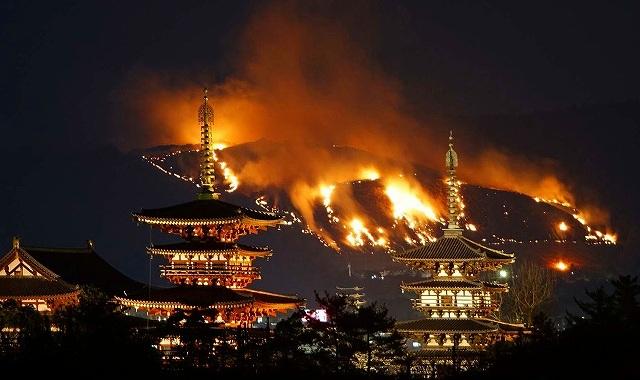 Фестиваль Вакакуса Ямаяки в Наре d99962d26af76056aea744b02218abf5.jpg