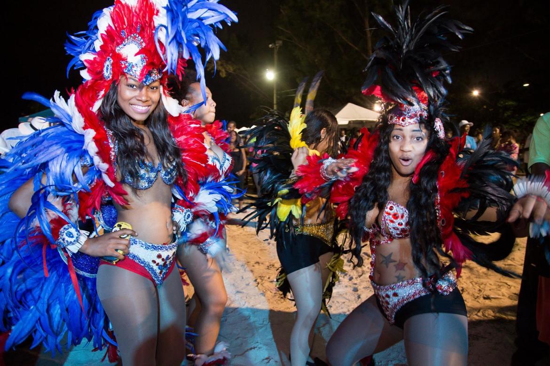 Фестиваль Джанкано в Нассау d9ac7edf6e859f8e1e00080af124b1c1.jpg