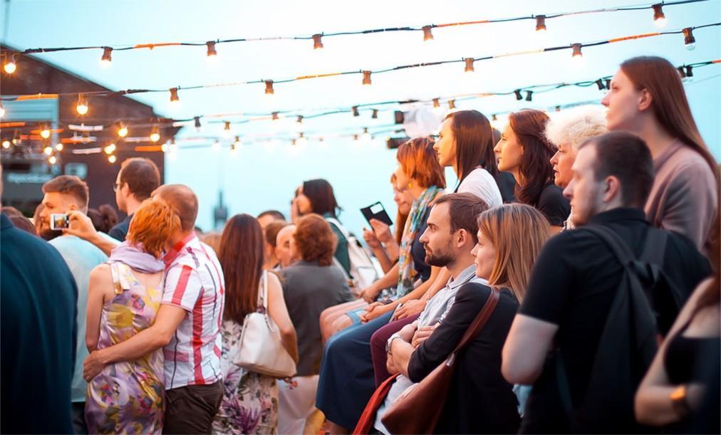 Музыкальный фестиваль Roof Music Fest в Санк-Петербурге ddf0182fd187192310058776e844fcba.jpg