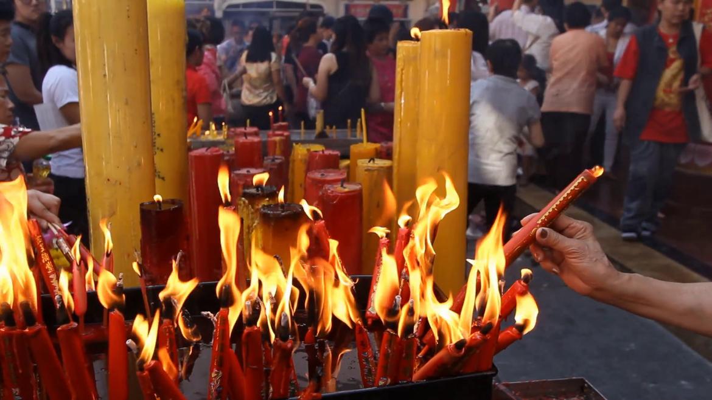 Новогодние молитвы в буддийских храмах Бангкока de420b4b98b3c330cf8a2157a99572b1.png