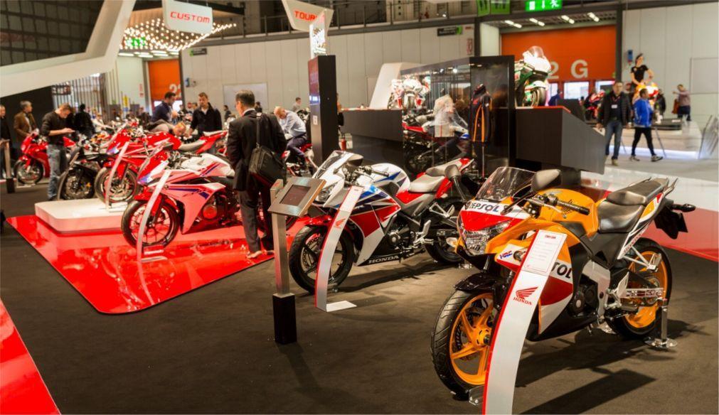 Международная выставка мотоспорта EICMA MOTO в Милане e04f50812d80366c84cd48699a3222b4.jpg