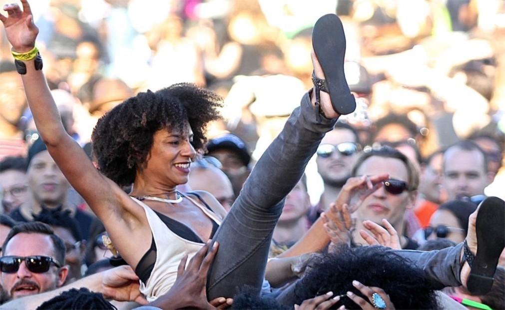 Музыкальный фестиваль Afropunk в Париже e0809c5953046b54e3f9948191a1d272.jpg