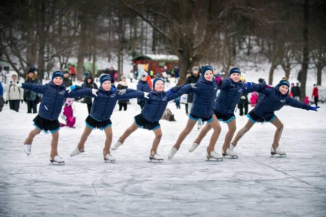 Зимний детский карнавал в Лахти e0e17aeab32d7bb7554ef33d71a99037.jpg