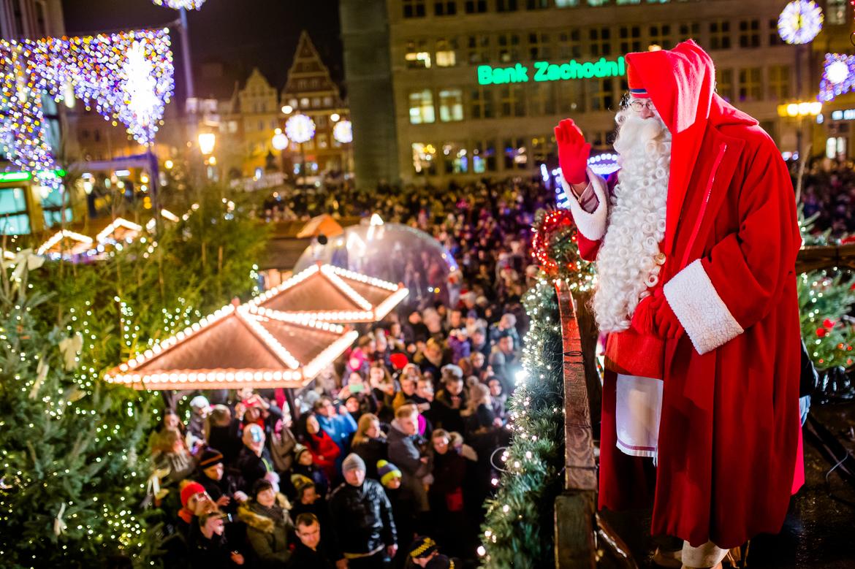 Рождественская ярмарка во Вроцлаве e4111c87d600eb518bae2063b7f345ae.jpg