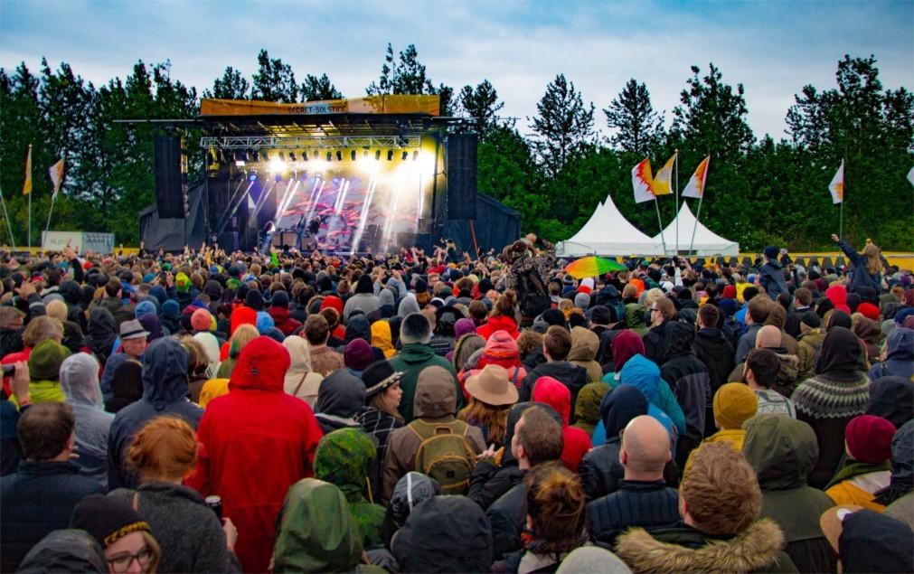 Музыкальный фестиваль Secret Solstice в Рейкьявике e53d5ddef3b2e3f94624ae1112863c40.jpg