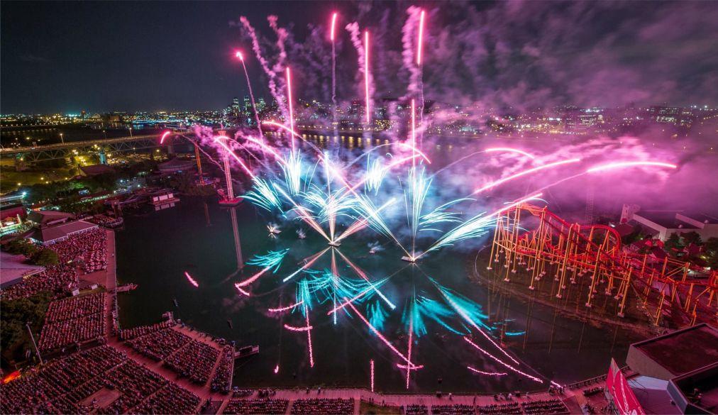 Международный фестиваль фейерверков в Монреале e75b6e9e4423301f987a36c73ac1e9ae.jpg