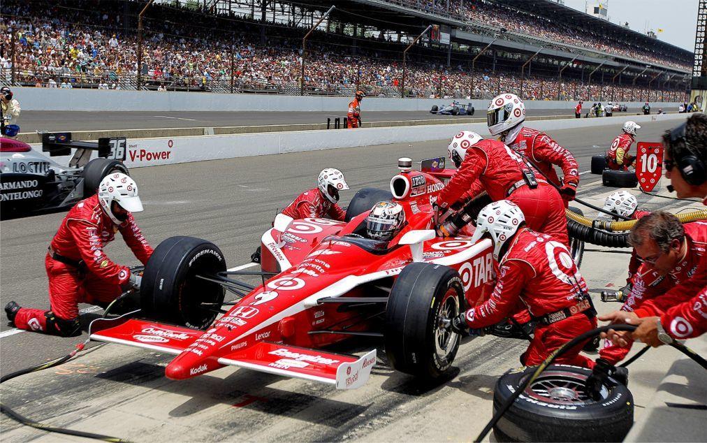 Автомобильная гонка «Indianapolis 500» в Индианаполисе e816de3b736426a08e16b23ac856ae4e.jpg