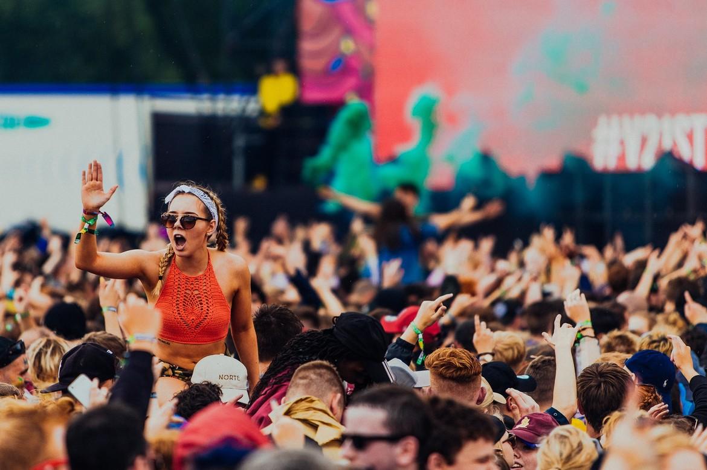 Музыкальный фестиваль Virgin в Англии e8742b5fde80a8ea8d77ea0098def217.jpg
