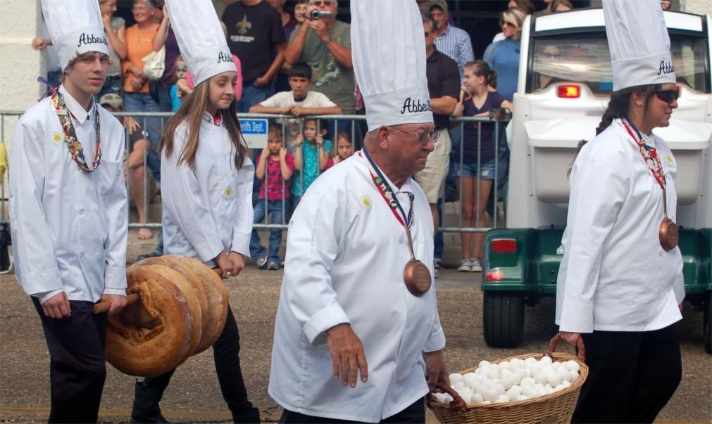 Фестиваль гигантского омлета в Бесьере e8cf53dfa37b201f863eca6485666043.jpg