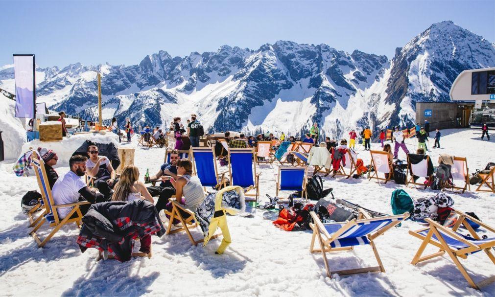 Фестиваль Snowbombing в Майрхофене e8e84b76f75ac8da4544abd32bd25ac2.jpg
