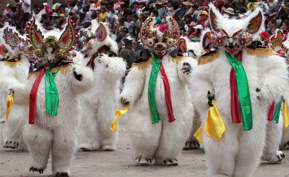 Карнавал Санта Крус на Тенерифе e989e0a584b6d0e76ab21f61f658c3c9.jpg