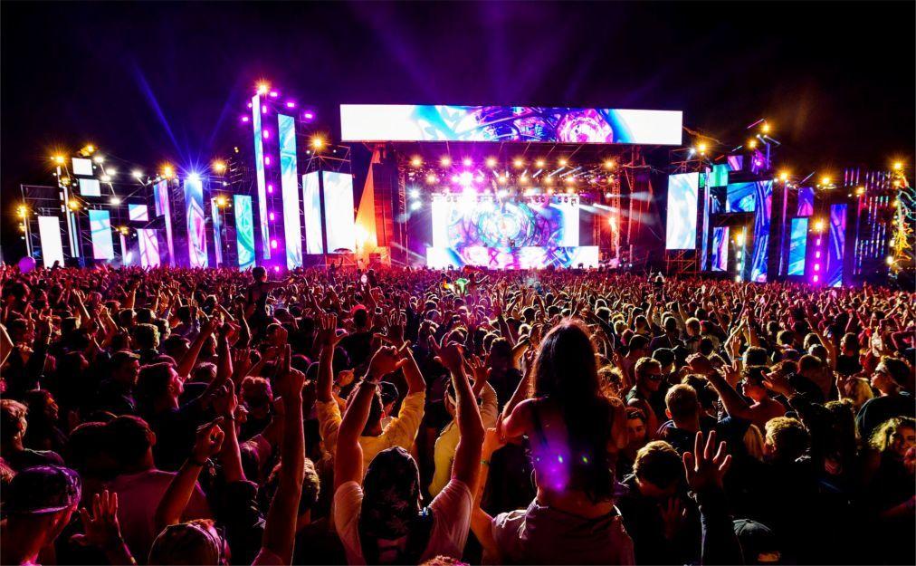 Фестиваль электронной музыки Creamfields в Дарсбери ea43144476a17b862feea855abef63e9.jpg