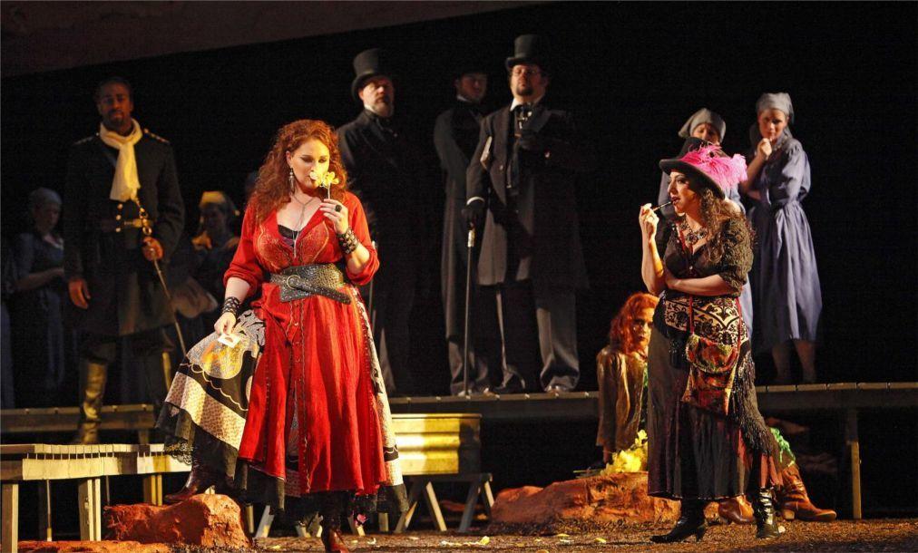 Международный фестиваль оперы и балета в Аспендосе ea45d2663c4a84e710e13963c39bcad0.jpg
