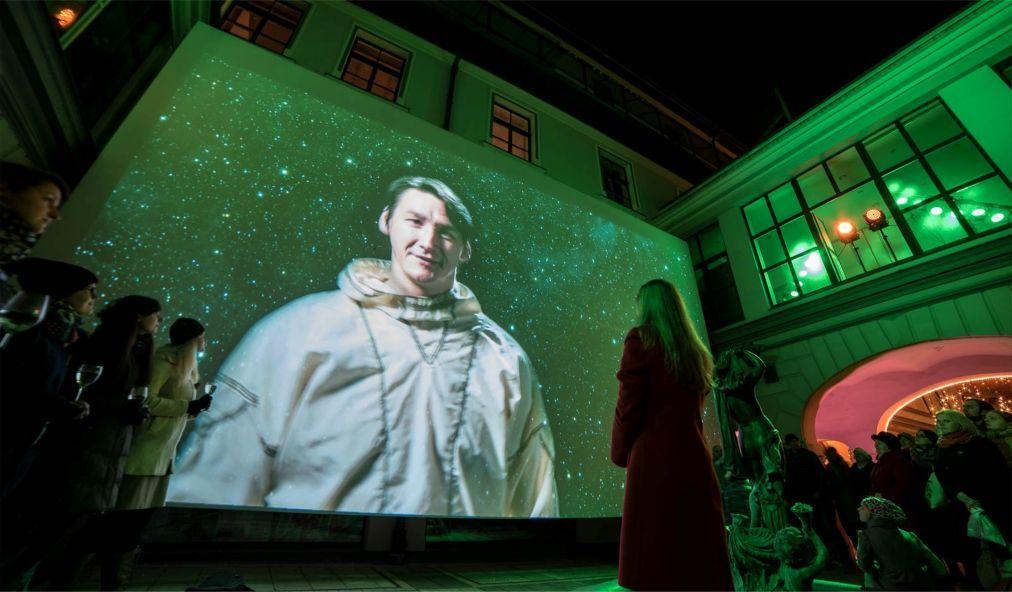 Фестиваль света «Staro Riga» в Риге eac32dc25c61ea509acb392e1f9beeec.jpg