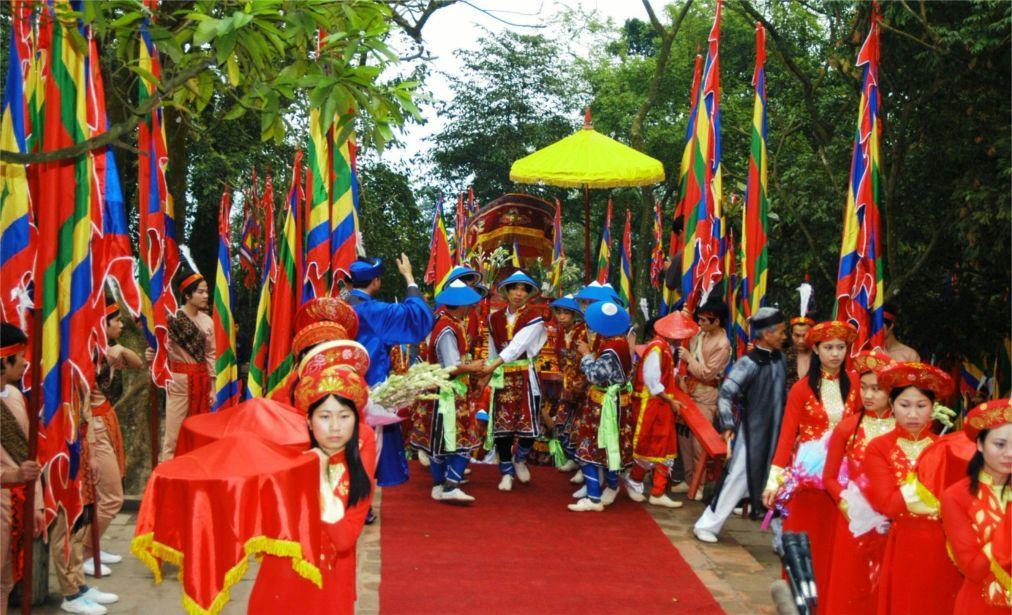 День поминовения королей Хунгов во Вьетнаме ec29570eb35dc09616f3344afb470e2a.jpg