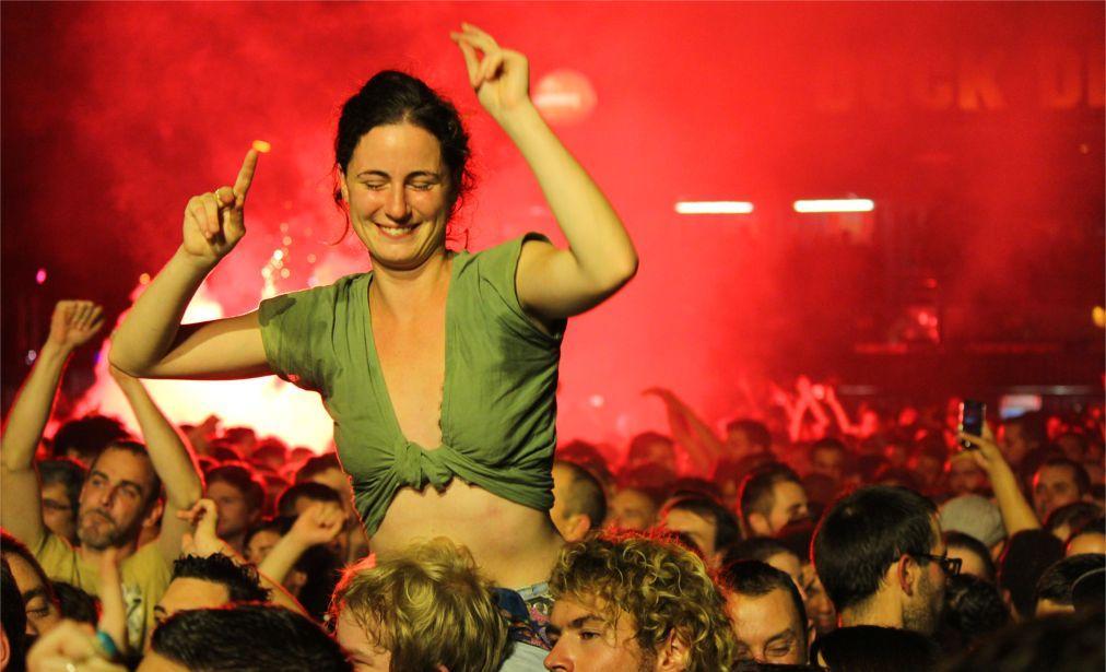 Музыкальный фестиваль «Fiesta des Suds» в Марселе ec4c7d6e4b1e41912b6fba47c636758e.jpg