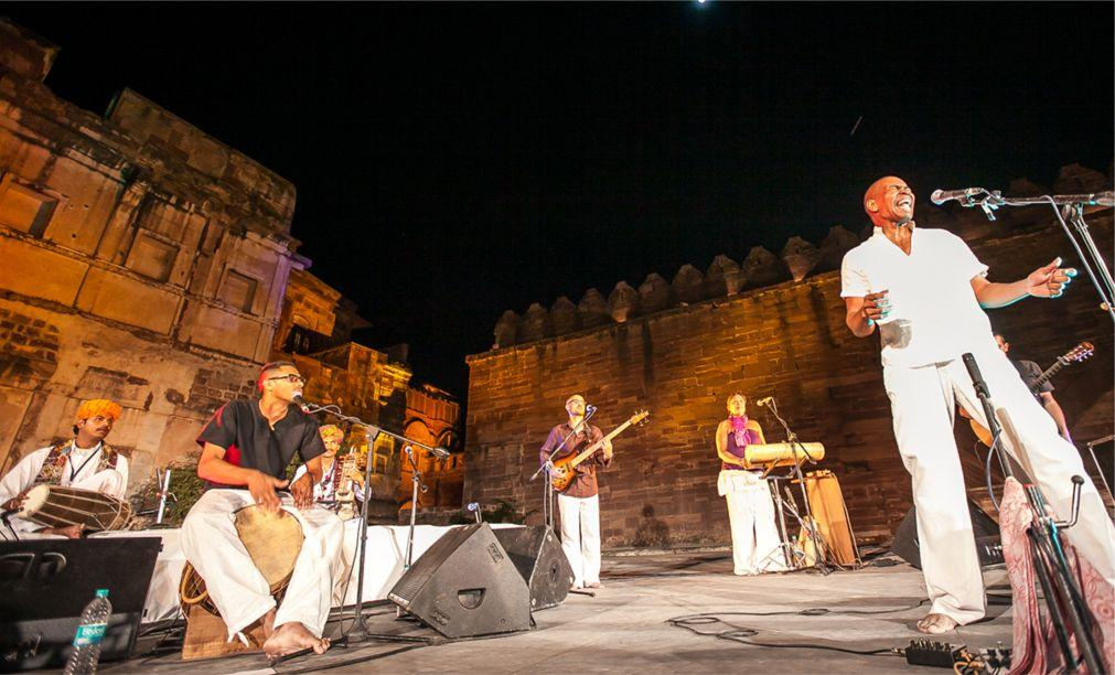 Раджастанский международный фолк-фестиваль в Джодхпуре ecaa775a8e14c13a17e91d52f5096a2e.jpg