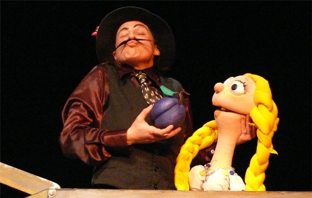Международный фестиваль кукольных театров в Пловдиве edb86fd0e792152010ac90a98d19cc46.jpg