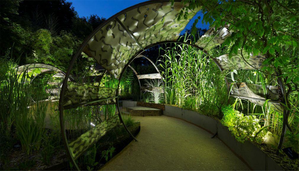 Международный фестиваль садов в Шомон-сюр-Луар ee02c074fff580e2fe8801c40a595c10.jpg