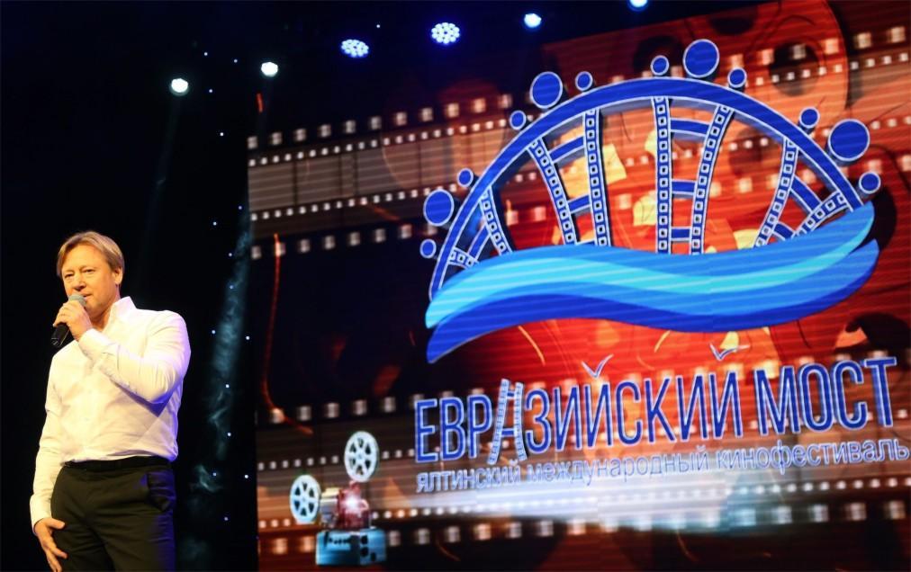 Международный кинофестиваль «Евразийский мост» в Ялте ee77dd8f634d7cc8906c0d2077e01160.jpg