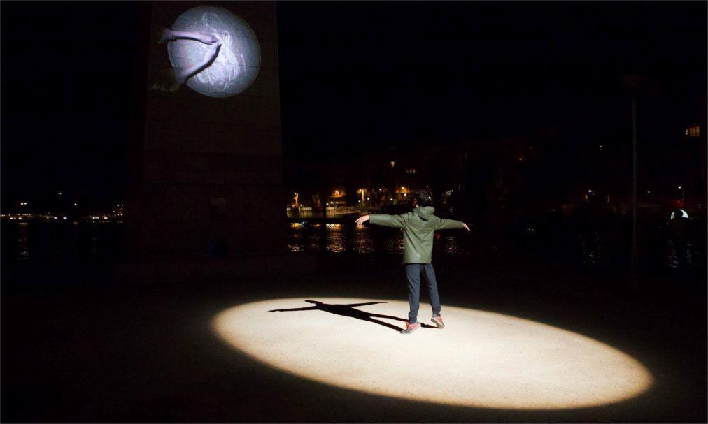 Городской фестиваль «Белая ночь» в Париже f2e356b5a2d368328f8162f58648eb2e.jpg