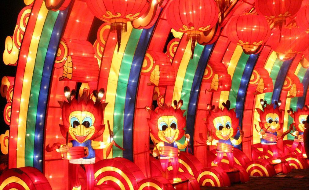 Международный фестиваль фонарей в Нанкине f2e7a0545c4f40a885cb5bf1602bd73d.jpg