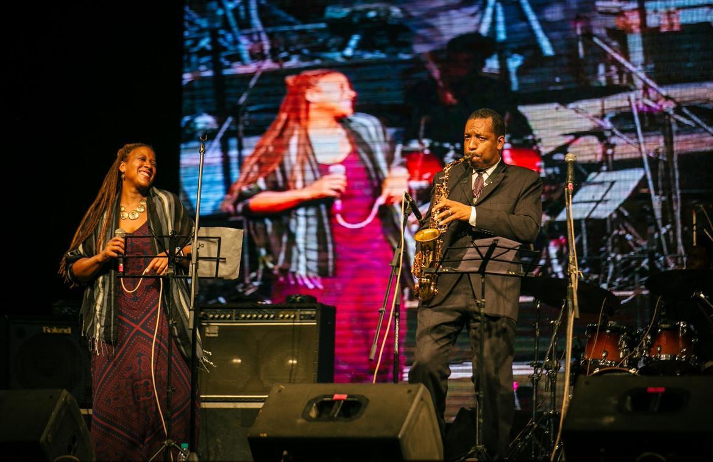 Международный джазовый фестиваль в Дели f39f88cccc44a84f665feea09e9514c6.jpg