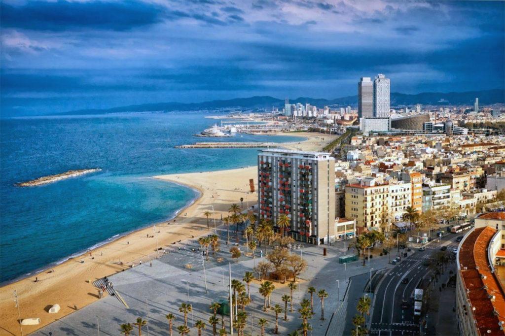 10 самых лучших отелей с видом на Барселону