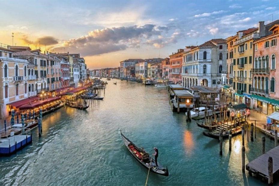 10 самых лучших отелей с видом на Венецию