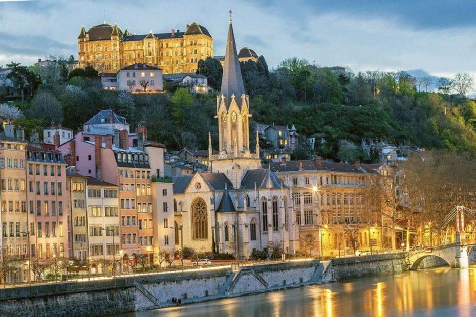 6 самых романтических отелей в Лионе