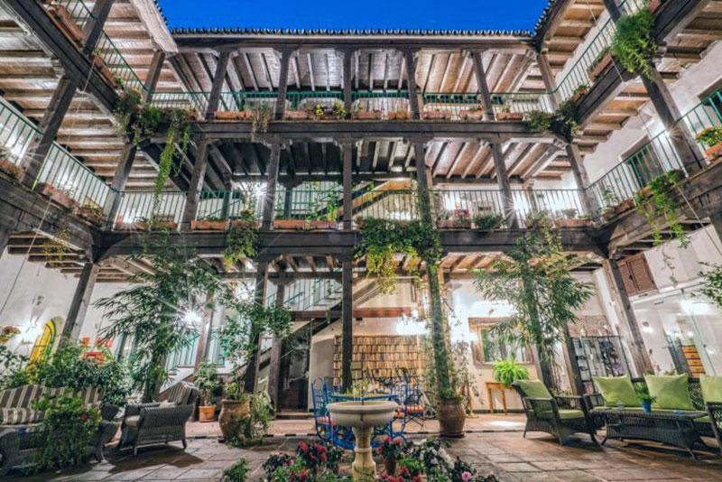 Комфортабельный  бутик отель Севилье - El Rey Moro