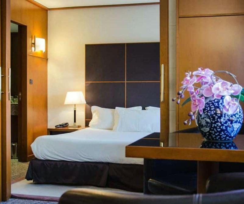Комфортабельный романтический отель в Ницце - Goldstar Resort & Suite