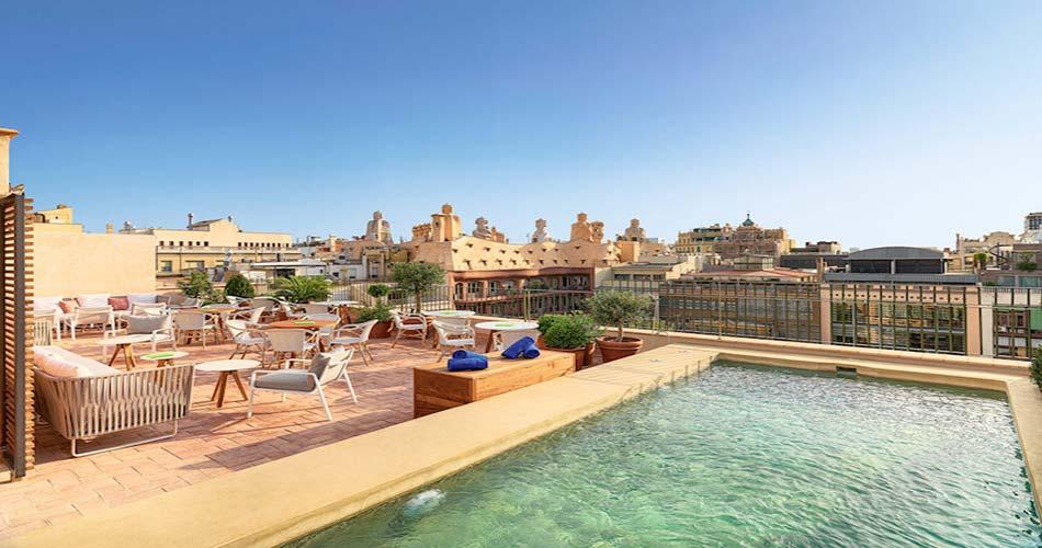Люксовый отель с видом на Барселону - Casa Mimosa