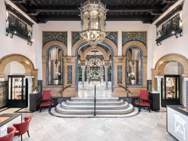 Бутик отель премиум класса в Севилье - Alfonso XIII