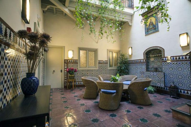 Неповторимый бутик отель Севилье - Casas de Santa Cruz