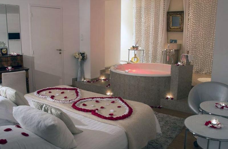 Современный романтический отель в Лионе - Le Gourguillon